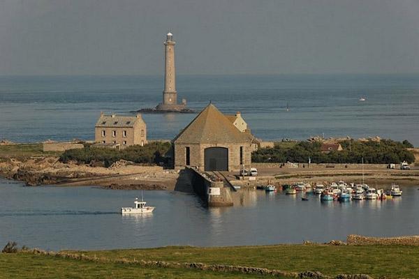Le phare de Goury et la SNSM La Hague